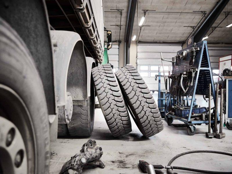 Sydjysk Dækservice Sydjysk Lastvognsservice Dækcenter Montage Reparation Dækskifte