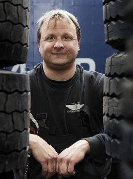 Ole Olesen Sydjysk Lastvognsservice Sydjysk Dækservice Dækcenter